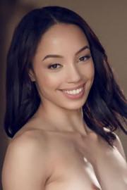 Alexis Tae