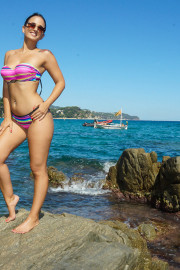Amor En La Playa with Claudia Bavel