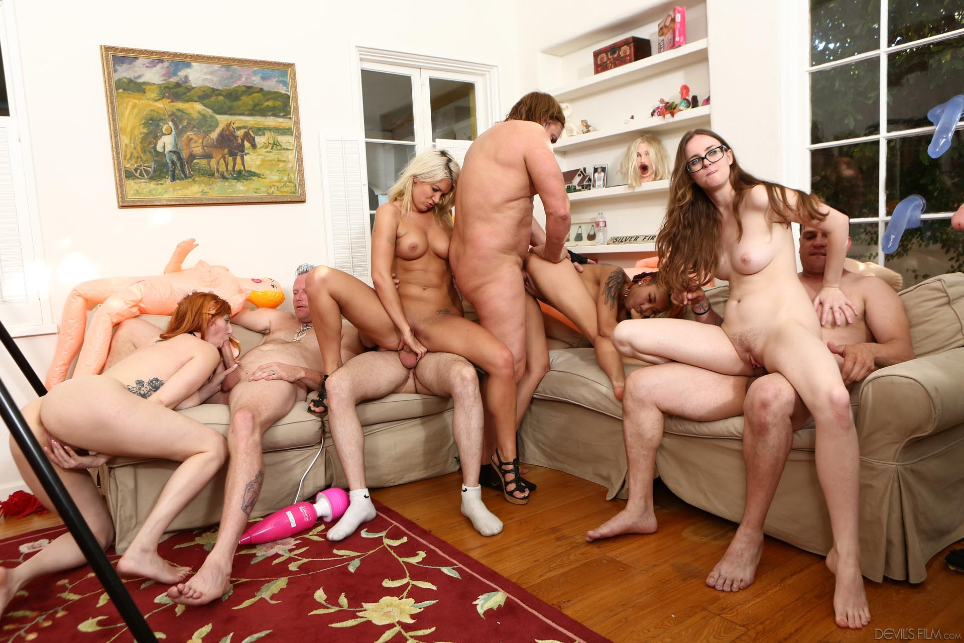 nude-group-sex-videos