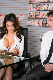 Big Tit Office Chicks with Robby Echo and Raven Hart
