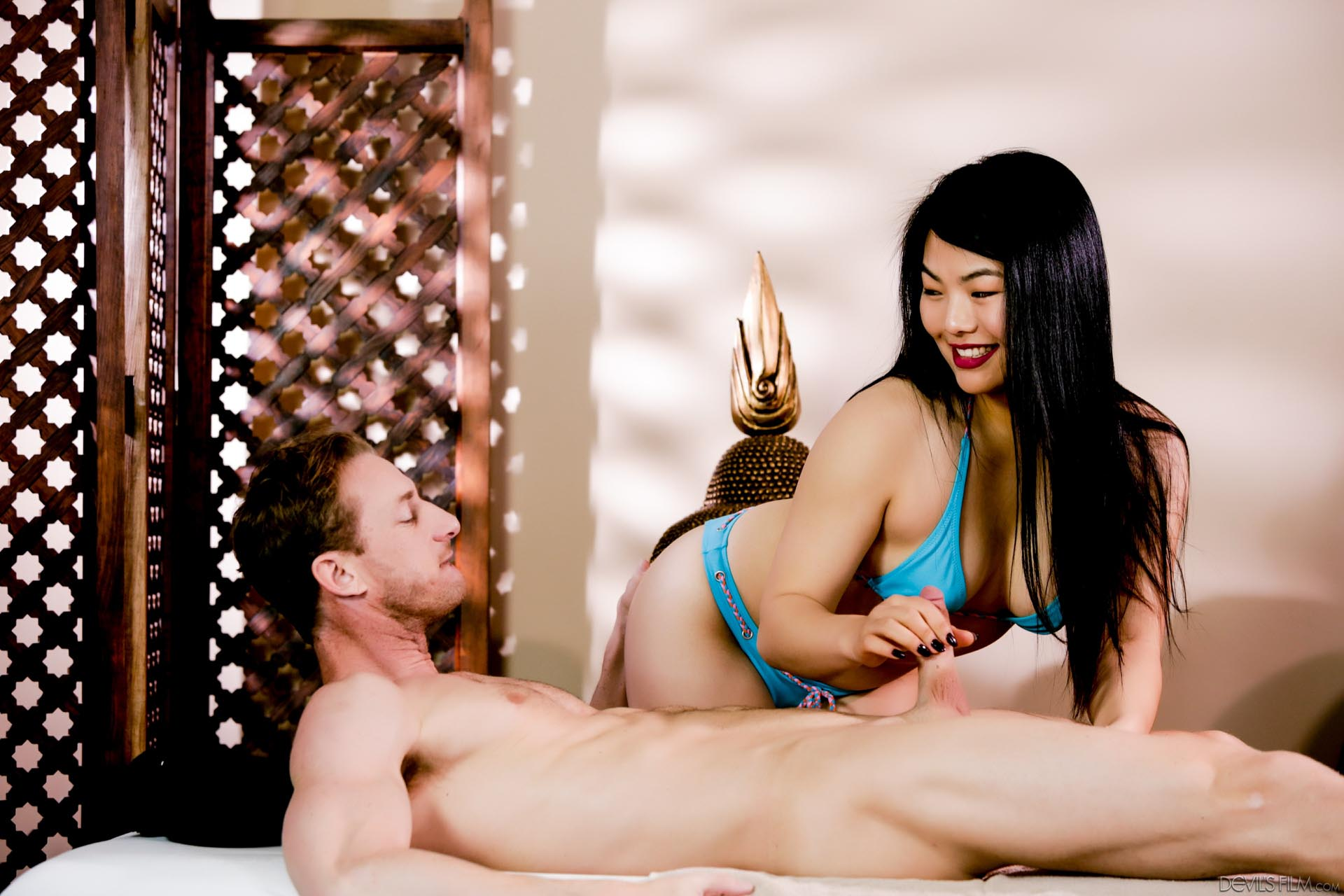 asian-strippers-movies-hair