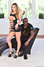 Creamy Moka's 11-Inch Chocolate Bar with Lexington Steele and Moka Mora