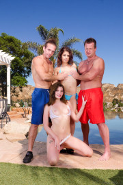 Neighborhood Swingers with T Stone, Eric Masterson, Jessica Rex and Penelope Reed