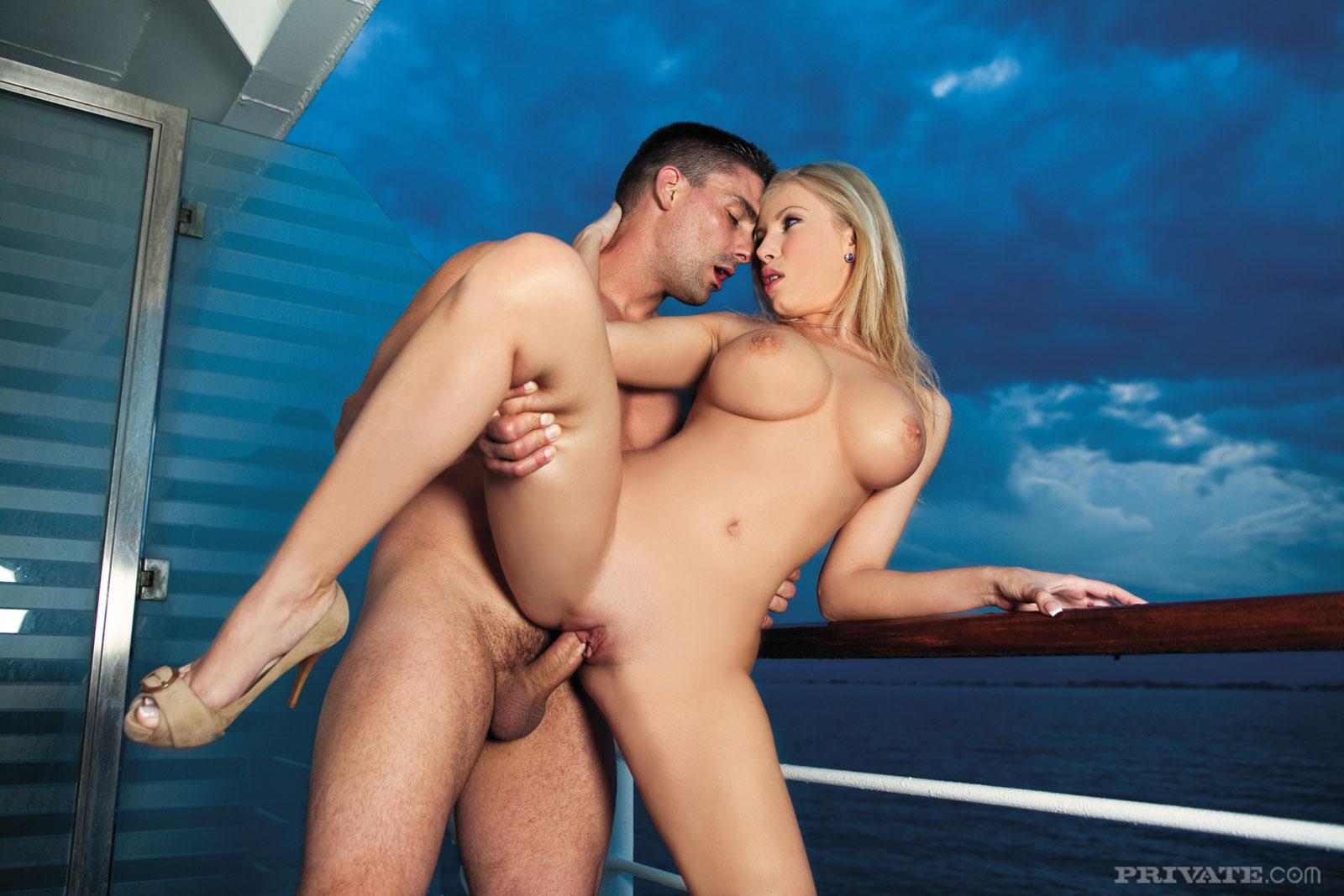 секс кино на корабле - 10