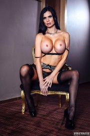 Busty Beauty Jasmine Jae Gets Finished Off Private Style with Jasmine Jae