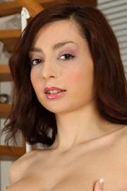 Niana Dorev