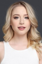 Scarlett Hampton