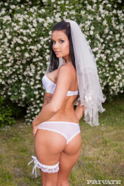 Cheating bride gets fucked with Victoria Blaze